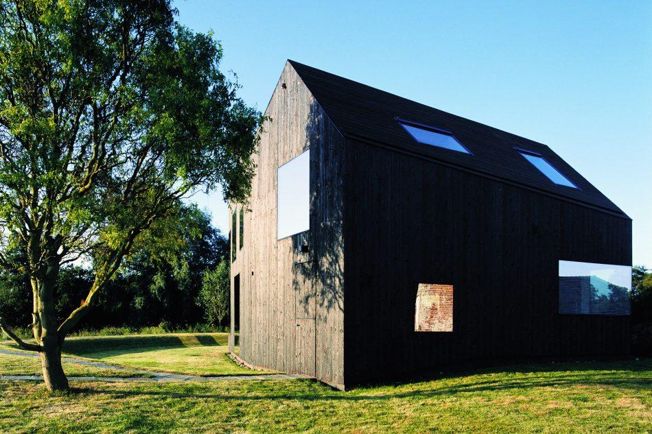 Mill house norfolk uk sleeps 9 the modern house for Architects norfolk