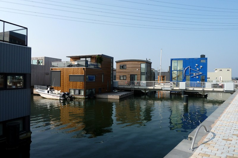 WHAT WEu0027RE SEEING: The Dutch Way, From Houseboat To Water House, RIBA