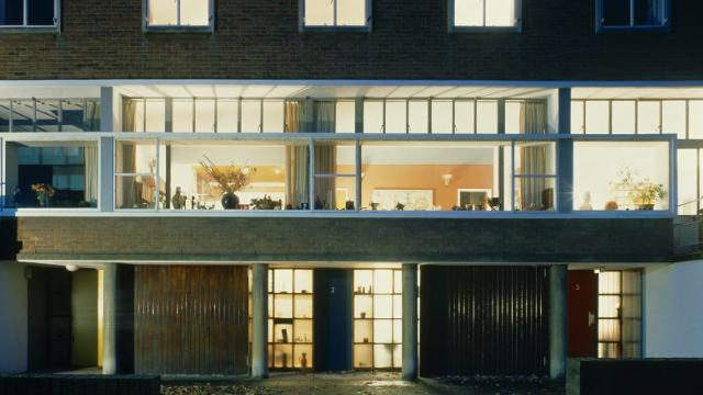What we 39 re seeing 2 willow road by ern goldfinger for Modern house journal