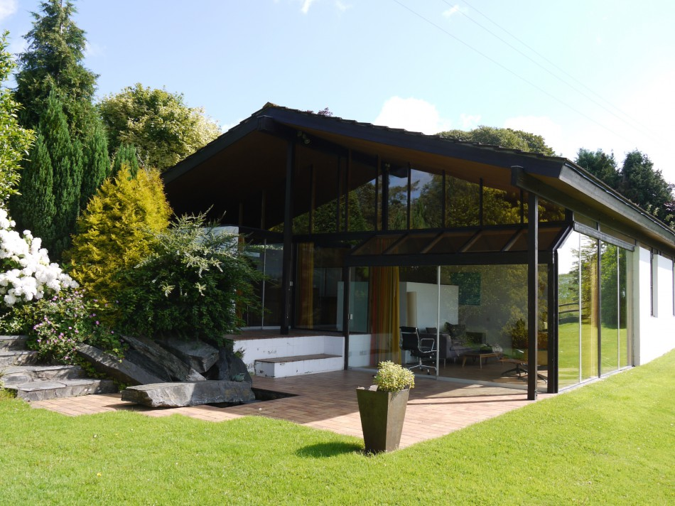 Architect of the week peter aldington for creating a for Modern house journal