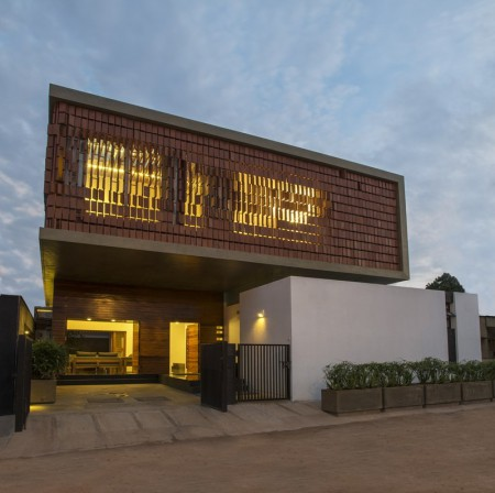 House of the week: House in Gundelpet by Architecture Paradigm