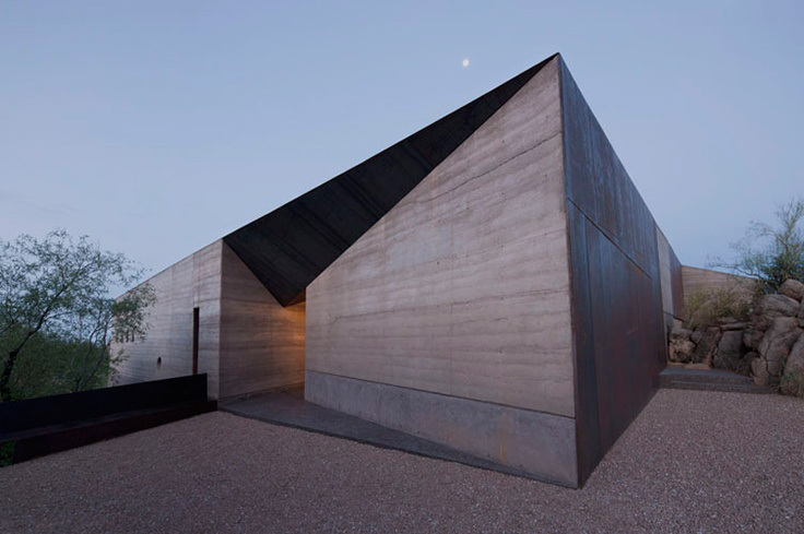 House Of The Day Desert Courtyard House By Wendell