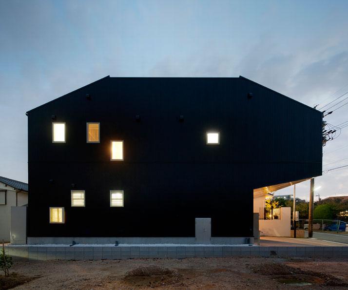 House Of The Day Hansha Reflection House By Studio Sklim