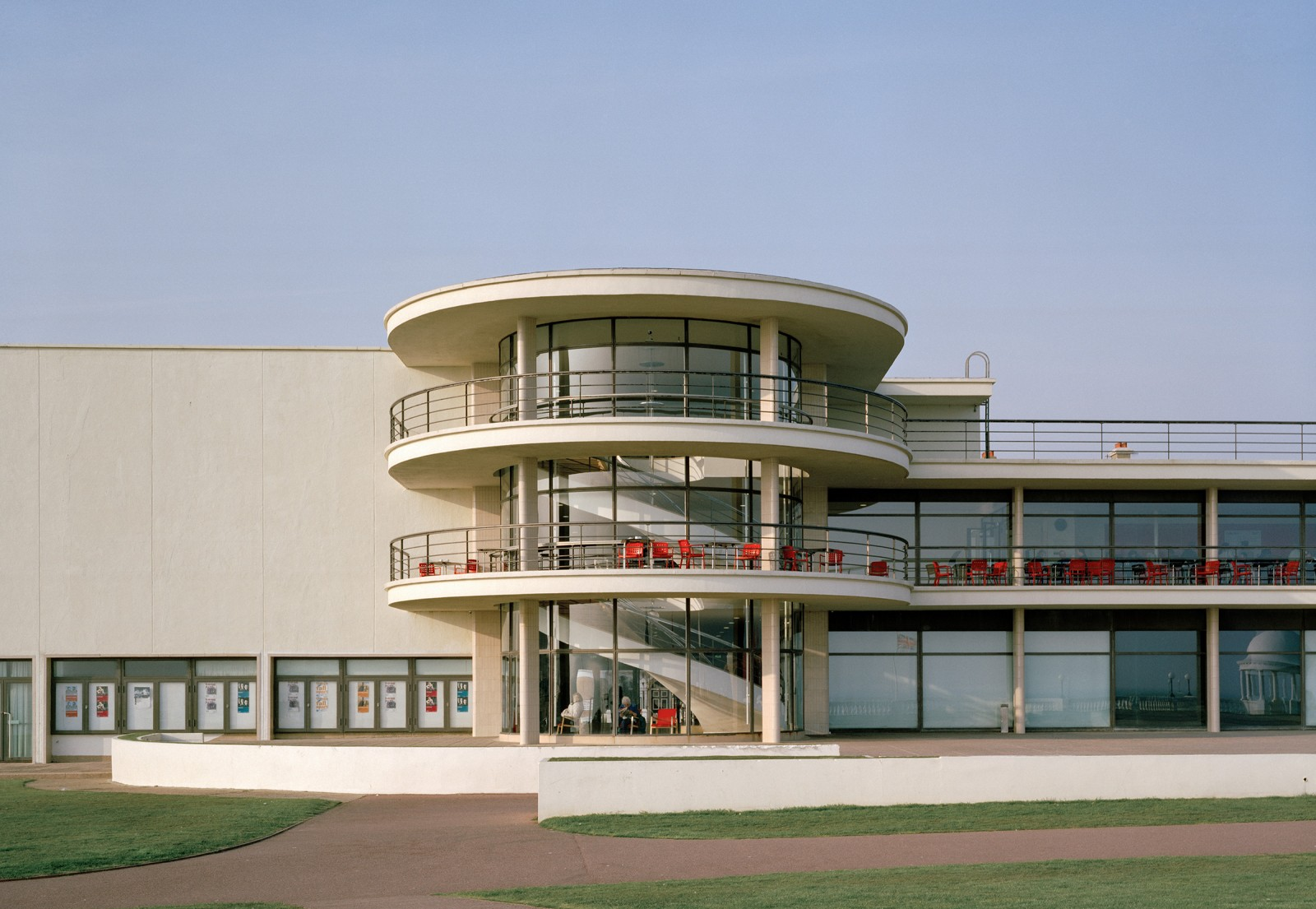 De La Warr Pavilion, The Modern House