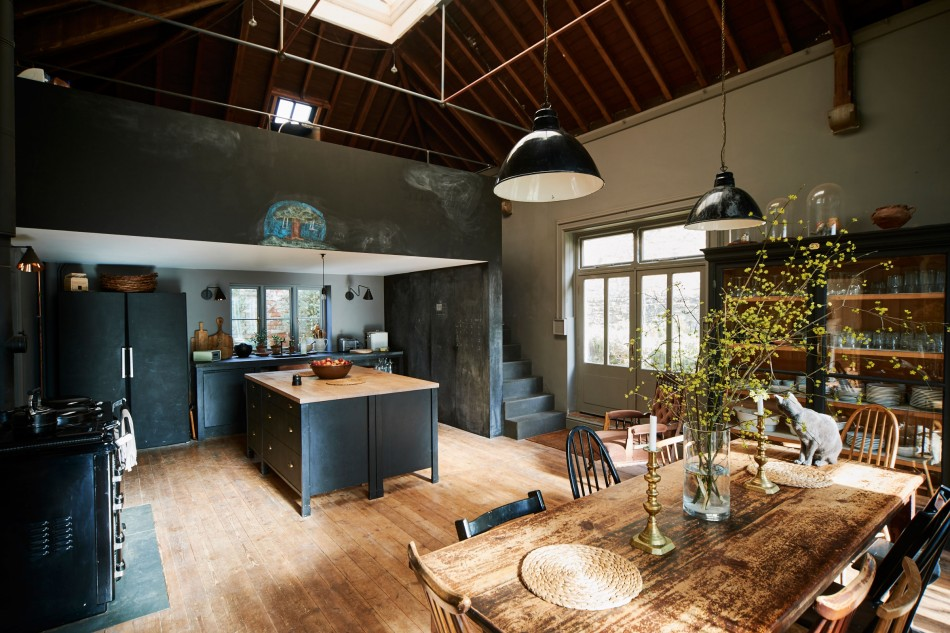 modern house. Sold Modern House