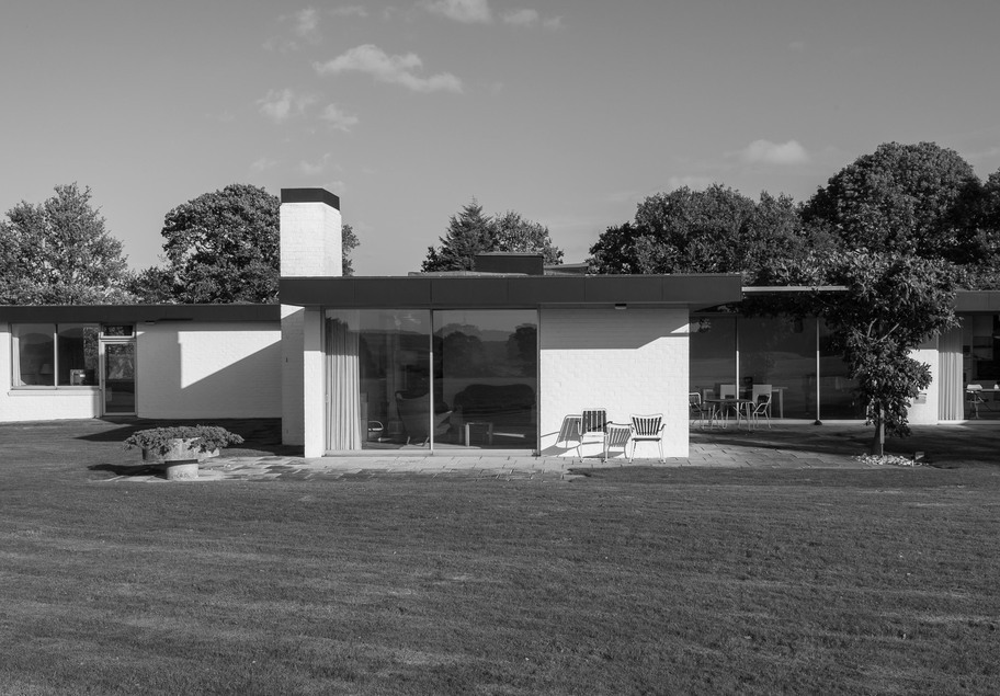 John Schwerdt, The Modern House