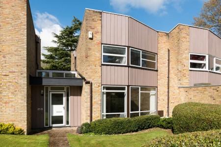 26 Lambardes, New Ash Green, The Modern House