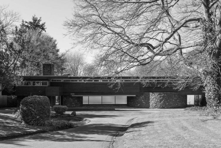 Robert Harvey, The Modern House