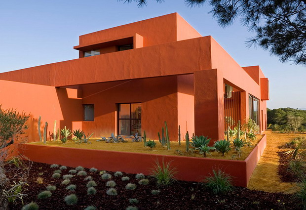 House of the day house adrenaline by ricardo legorreta for Modern house journal