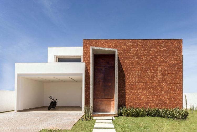 Taquari House