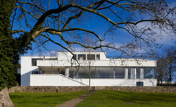House Of The Day Villa Tugendhat By Mies Van Der Rohe Journal