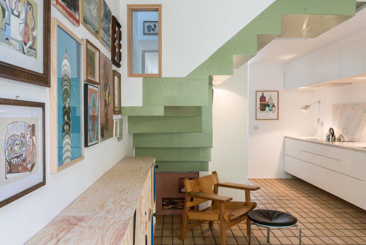 The Clock House, The Modern House