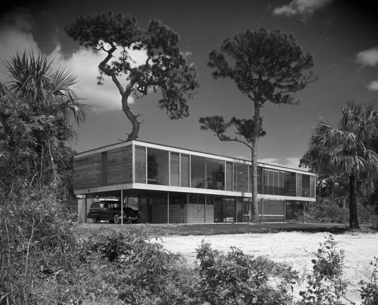 Leavengood House by Paul Rudolph, The Modern House