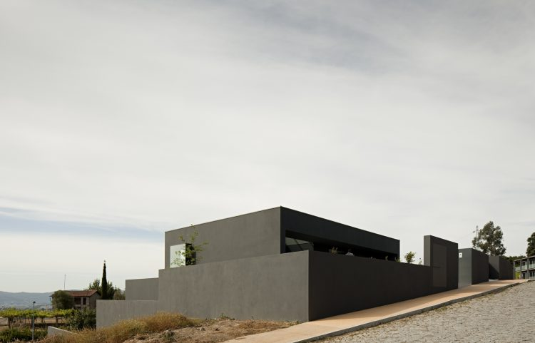 House in Guimarães, The Modern House