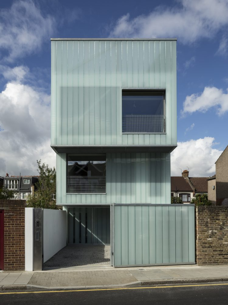 Slip House, The Modern House