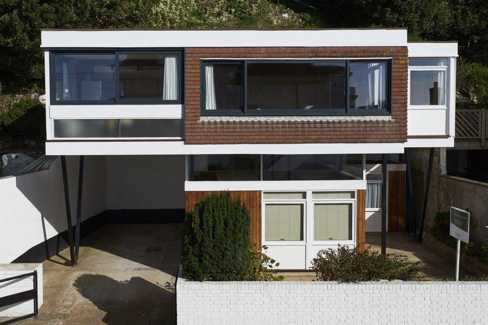 Sandgate, The Modern House