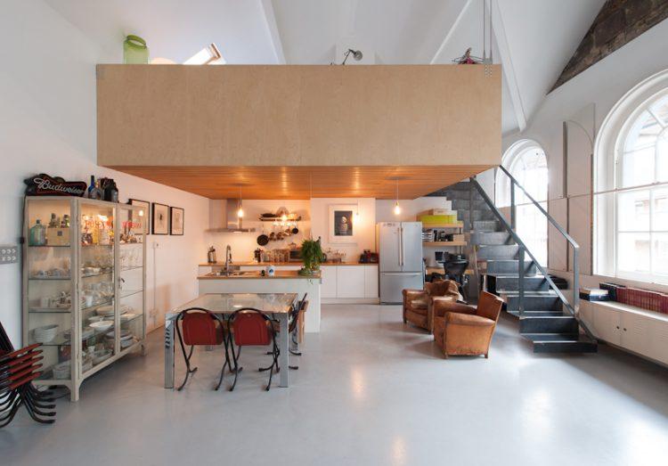 Bavaria Road, London, The Modern House