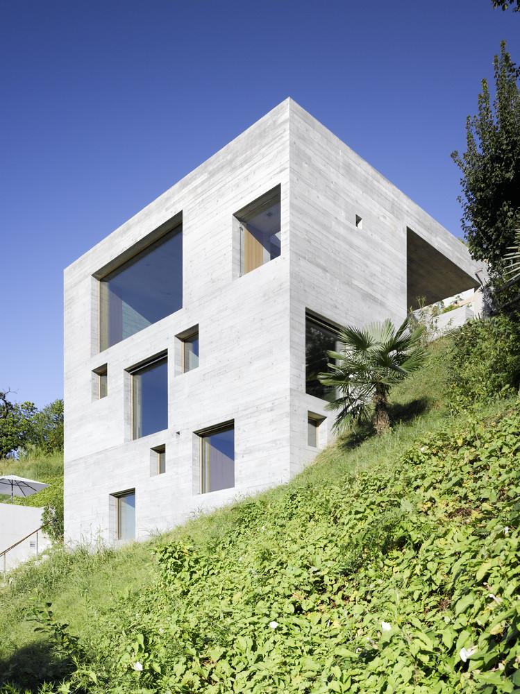 New Concrete House by Wespi de Meuron, The Modern House