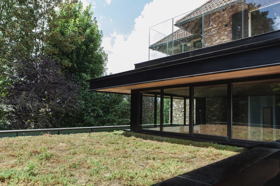 House in Haut, Atelier Lame Architecture, The Modern House