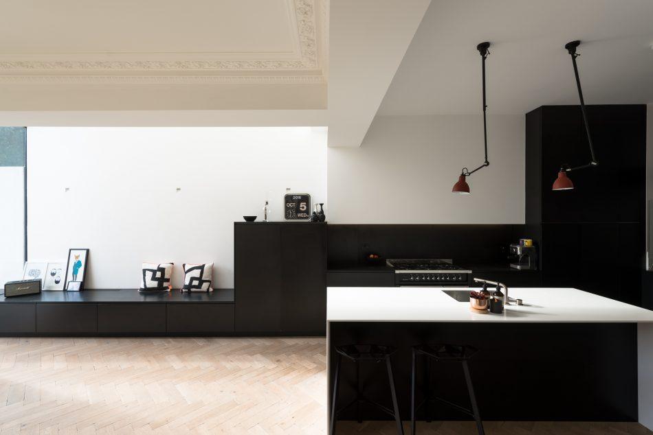 Kelross Road, The Modern House