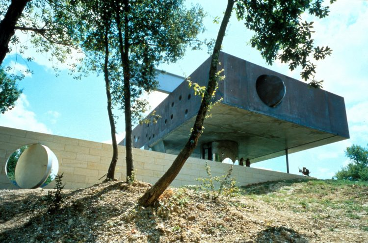 Maison Bordeaux by OMA, The Modern House