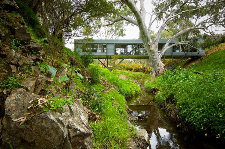 Bridge House by Max Pritchard, The Modern House