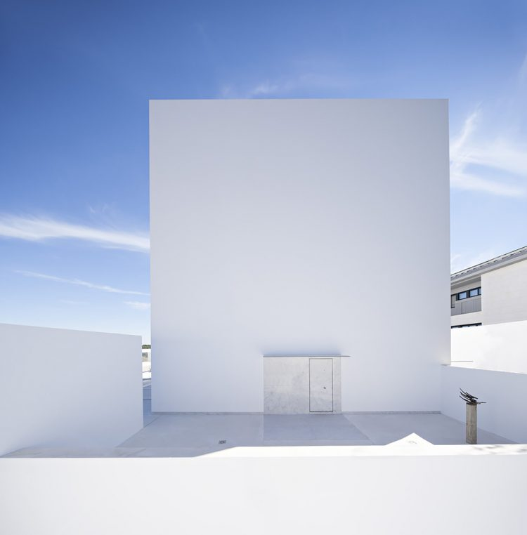 Raumplan House, Alberto Campo Baeza, The Modern House