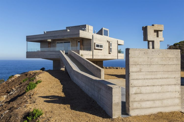 The Mirador House, Víctor Gubbins Browne + Gubbins Arquitectos, The Modern House