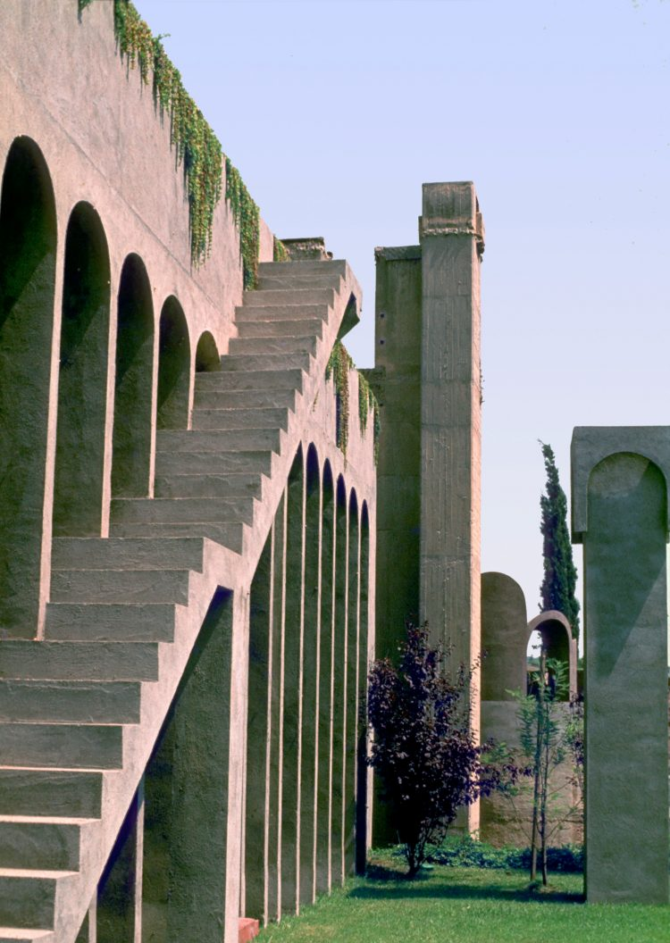 The Factory, Ricardo Bofill, The Modern House
