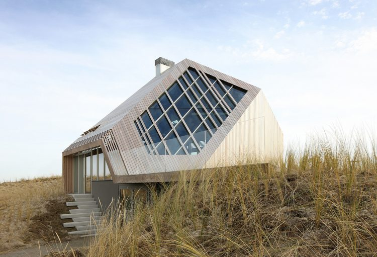 The Dune House, Marc Koehler Architects, The Modern House
