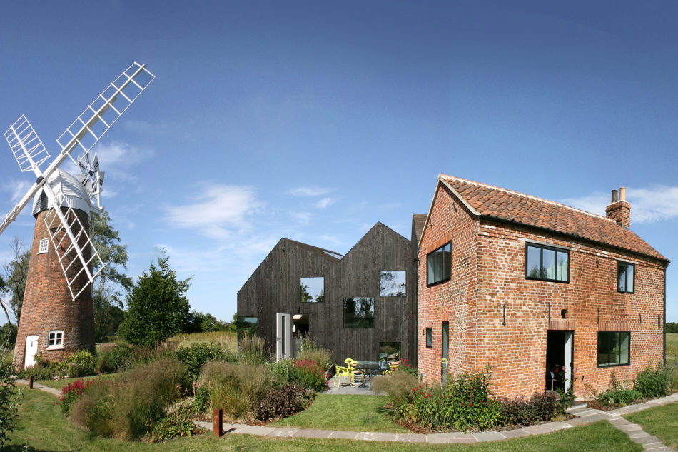 Mill house norfolk uk sleeps 9 the modern house for Modern house uk