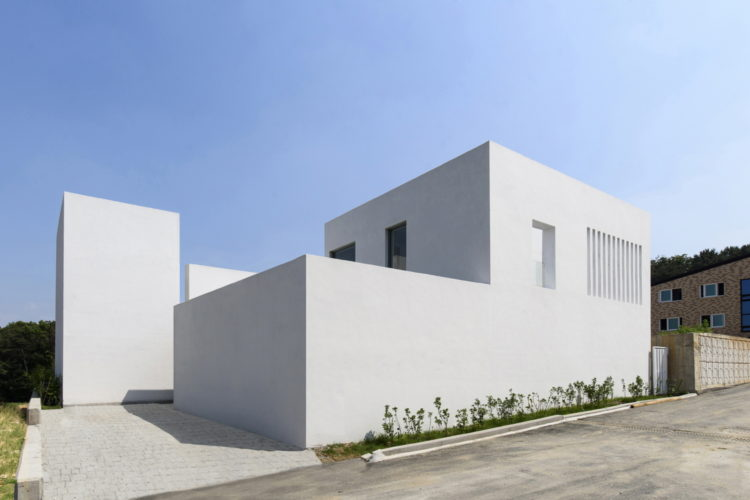 Lighthouse Residence, Leeslist & Leejae Architects