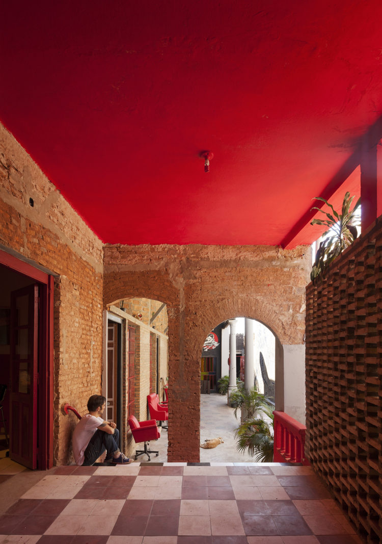 Ilona House by Grupo Culata Jovai