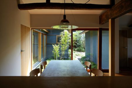 House of the Day: House along Saigoku Highway by Koyori + DATT