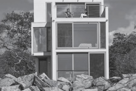 Under the Influence: Richard Meier's Douglas House and Carol A Wilson Architect's Beach Pavilion