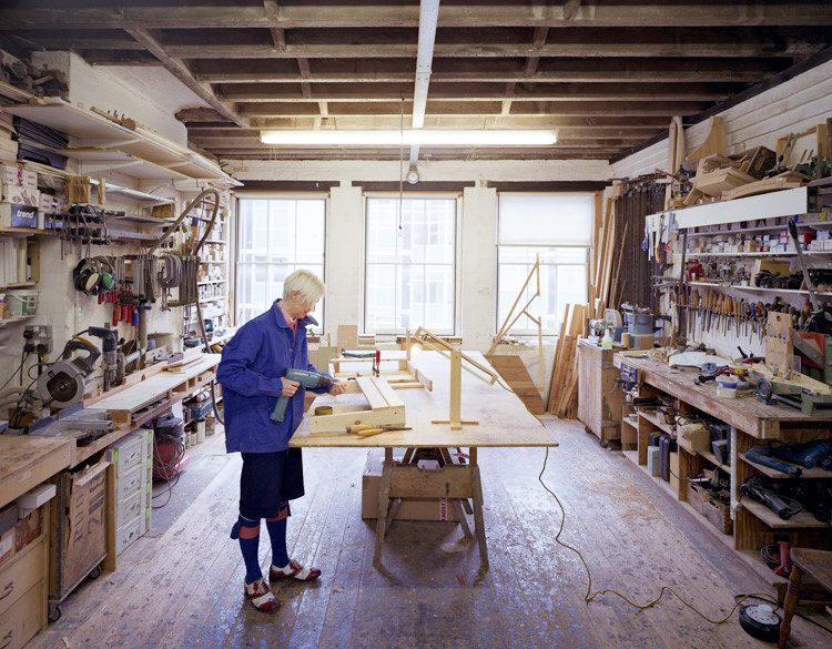 Modern Masters: Studiomama Nina Tolstrup