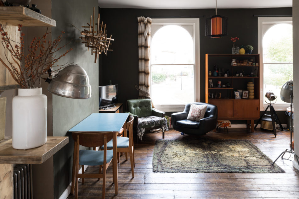 Dramatic Home Design How To Decorate With Dark Colours