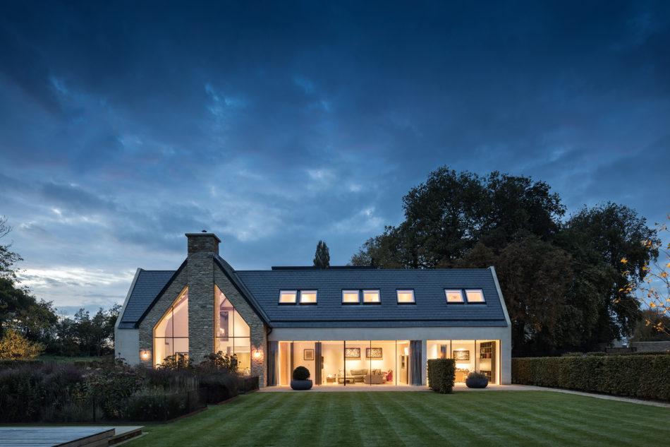 Angus Thompson Design The Modern House