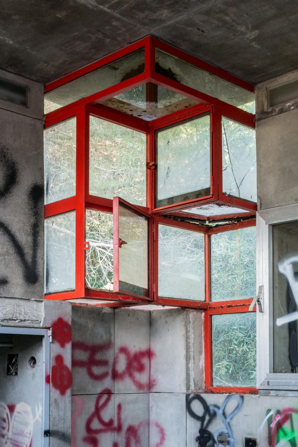 Casa Sperimentale architectural ruins