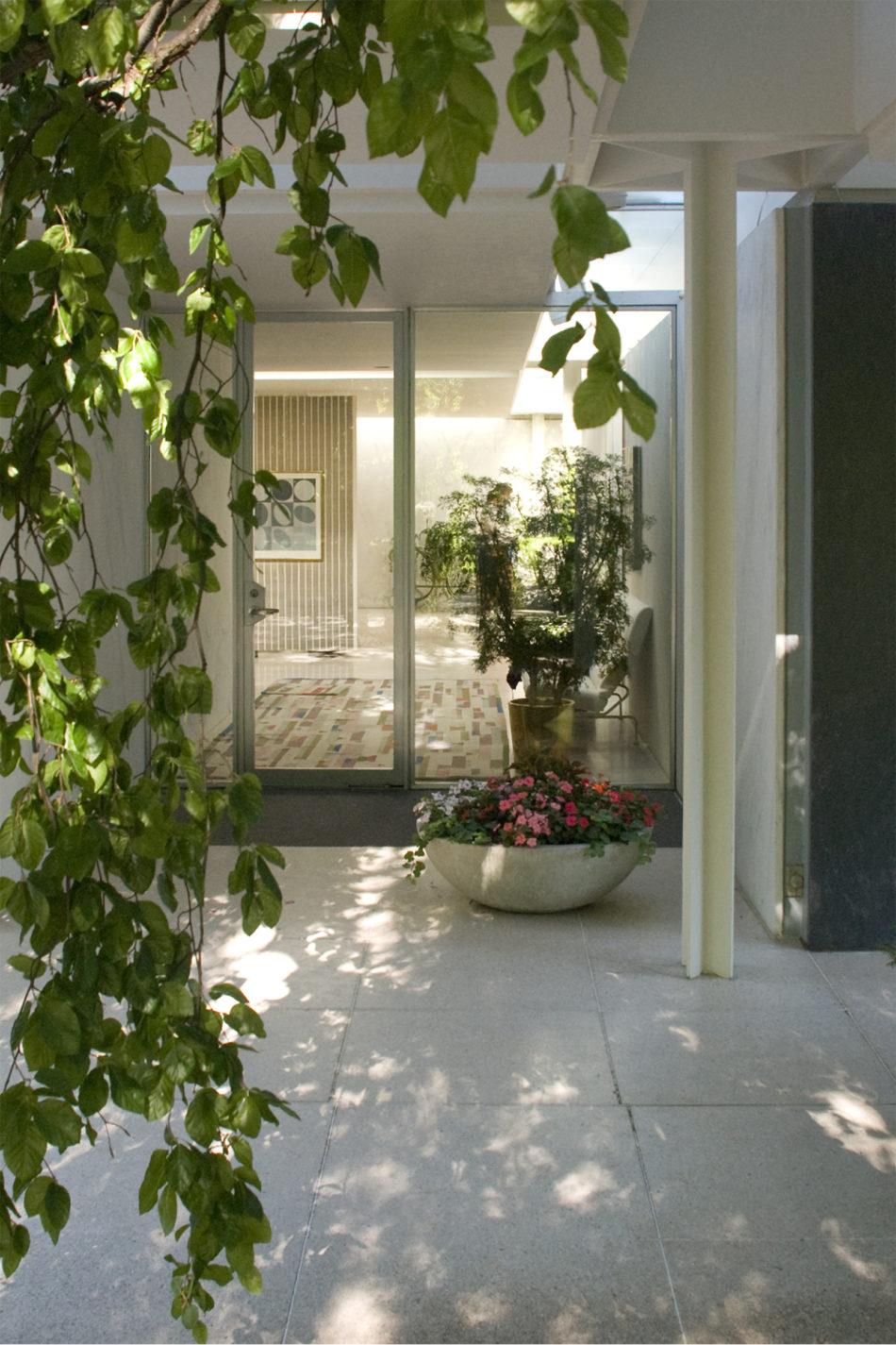 Best In Class Miller House In Columbus Indiana By Eero Saarinen