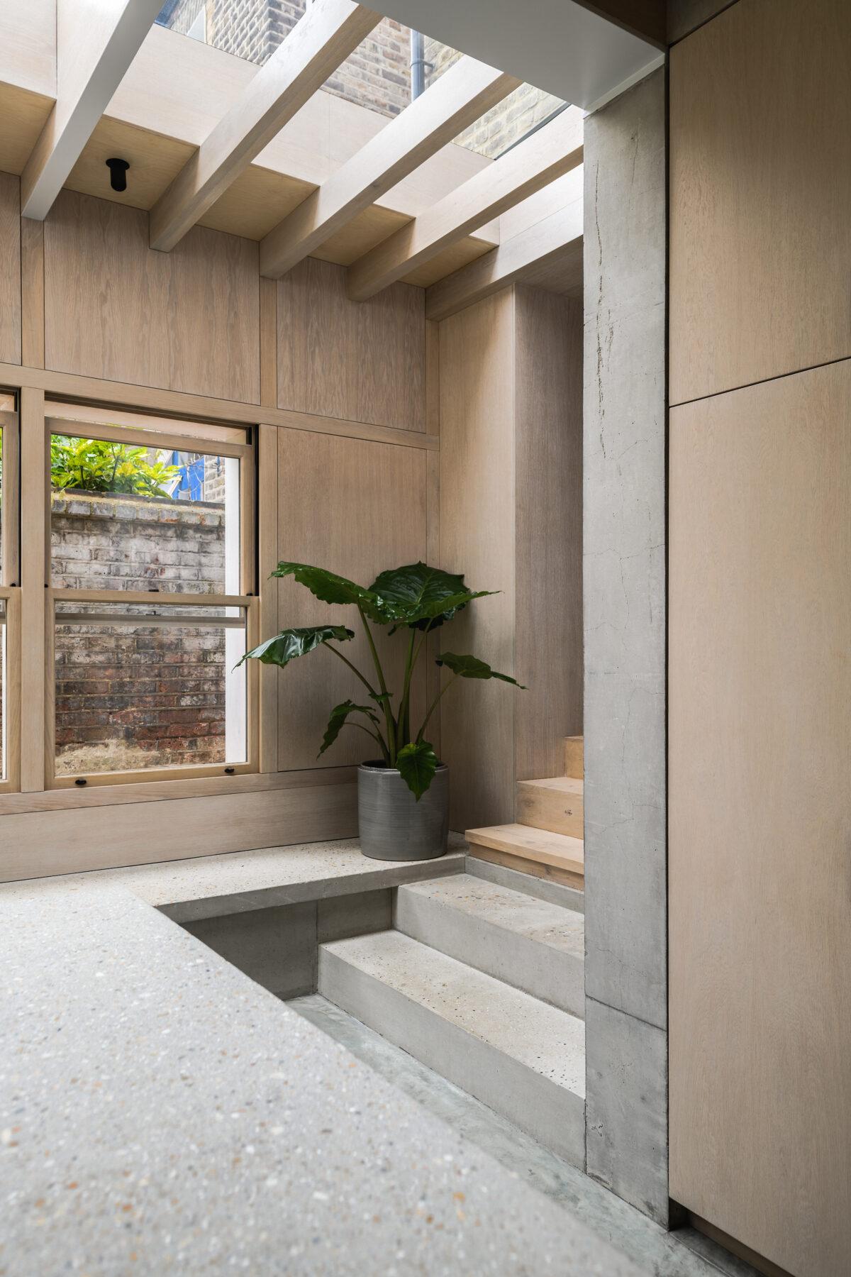 Concrete-Plinth-House_12-1200x1800.jpg