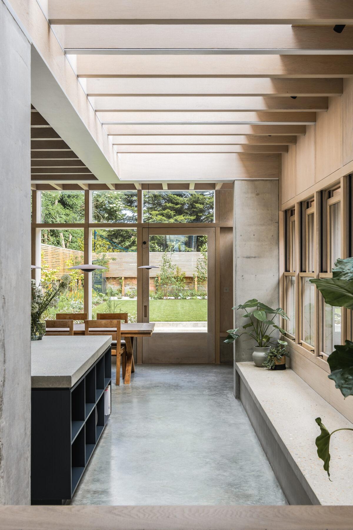 Concrete-Plinth-House_17-1200x1800.jpg