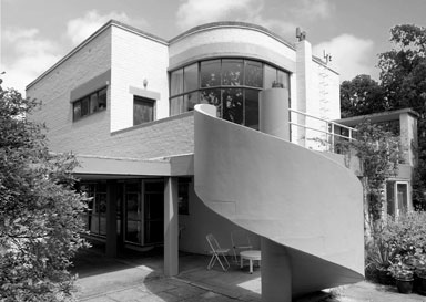 Christopher nicholson the modern house a to z of modern for Architect directory